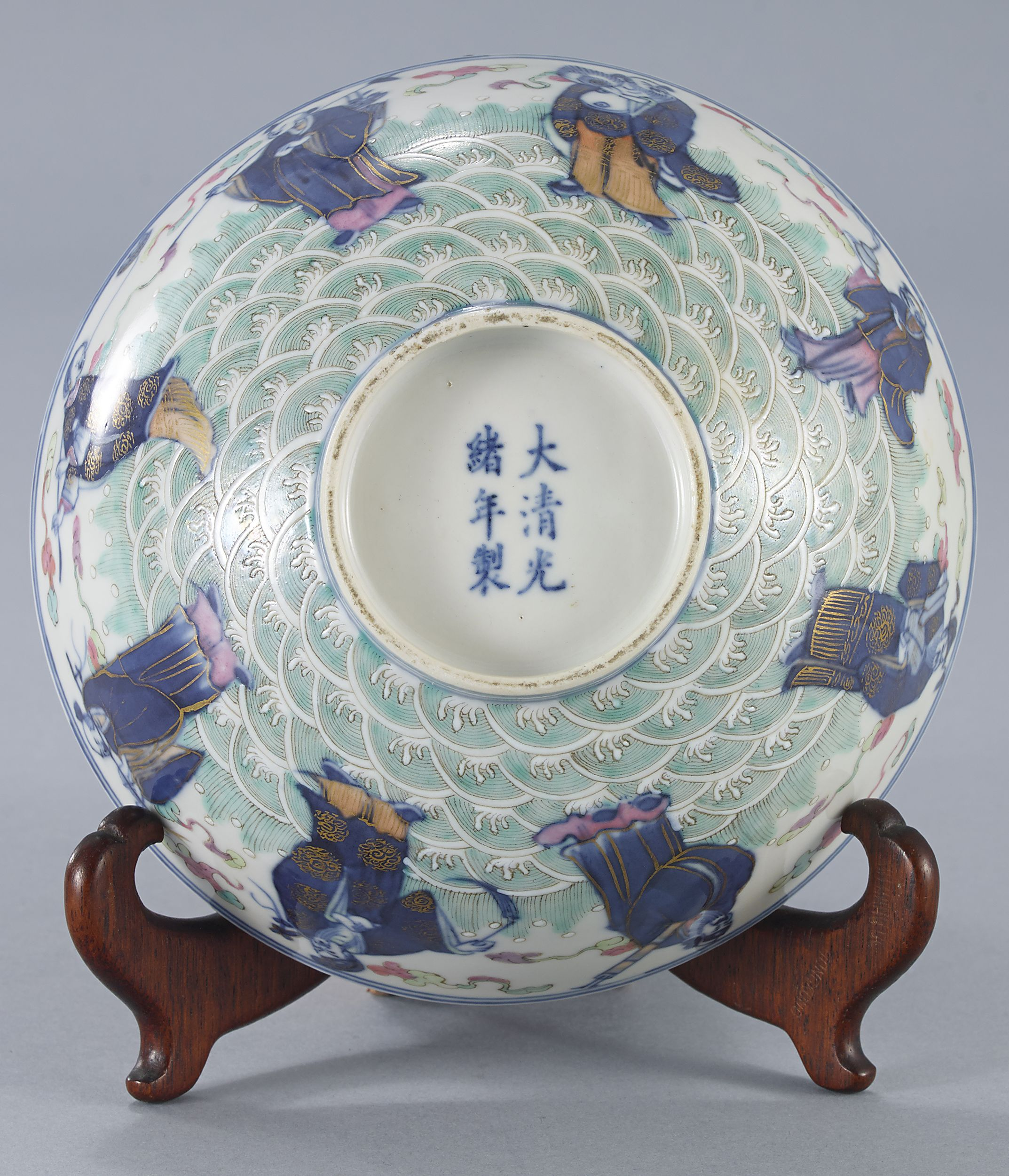 A Blue and White and Famille Rose Bowl