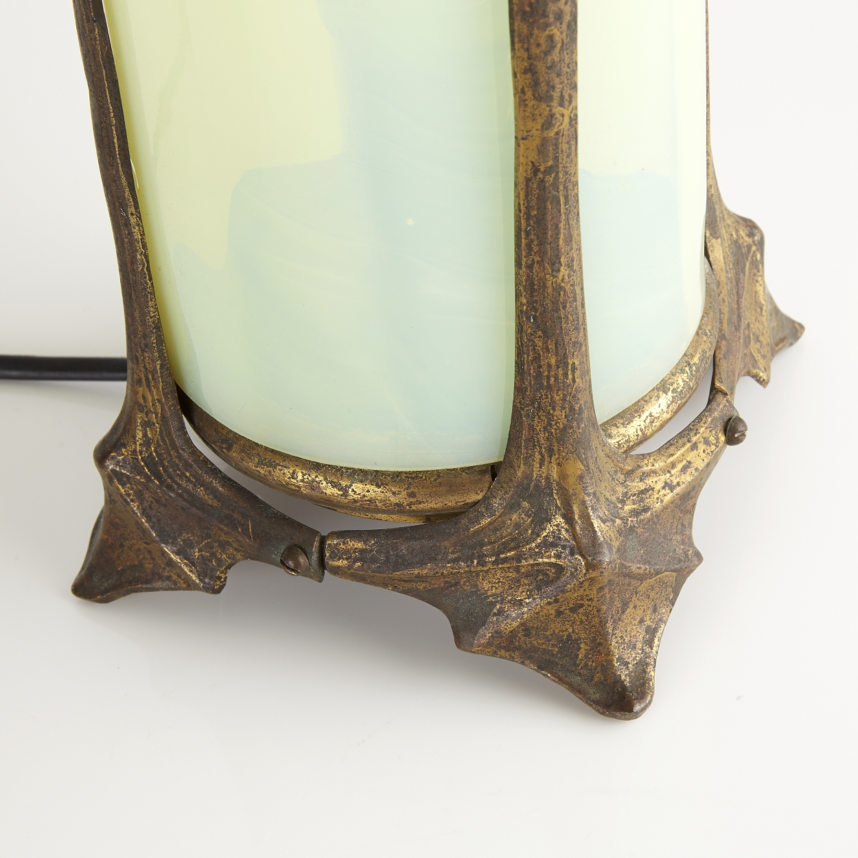 An art noveau table lamp, early 20th century