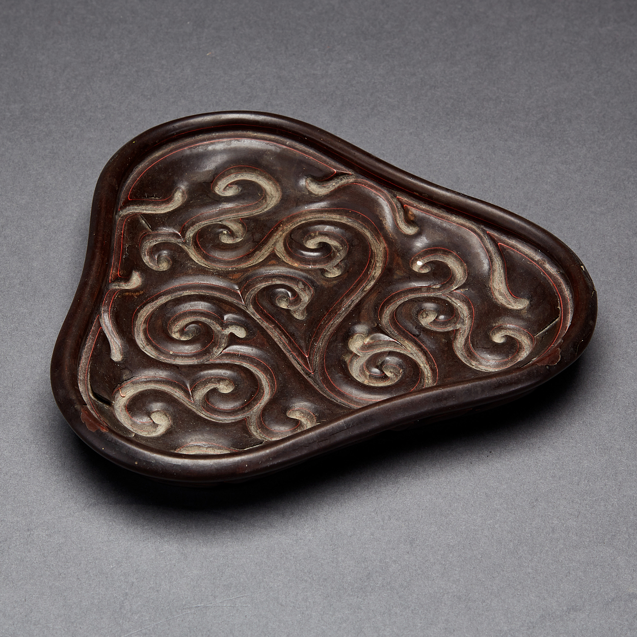 A Carved Three-Lobed Tixi Lacquer Tray